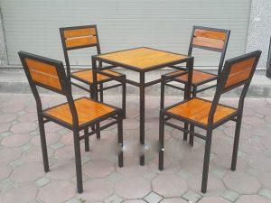 Bàn ghế chân sắt 02 – BGS02