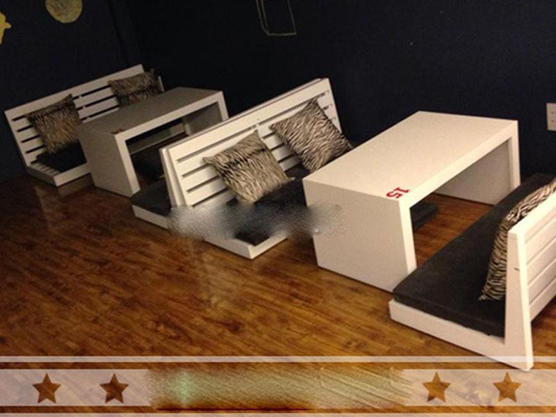 Bàn ghế gỗ cafe giá rẻ 05