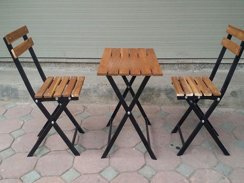 Bàn ghế sắt 01